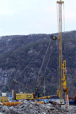 DPS900 Piling System